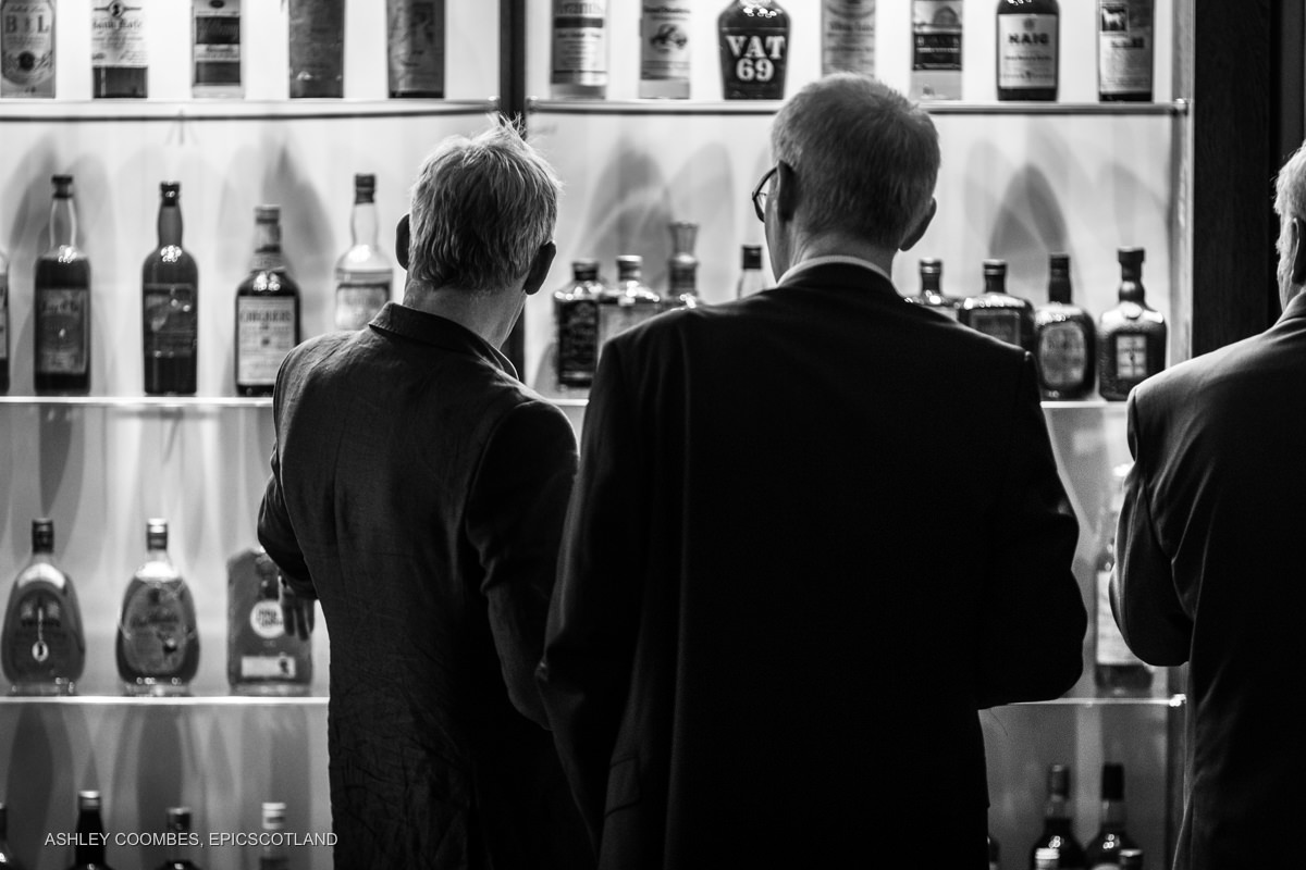 Documentary event photography whisky tasting