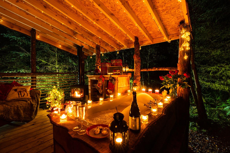Candle-lit Christmas bath